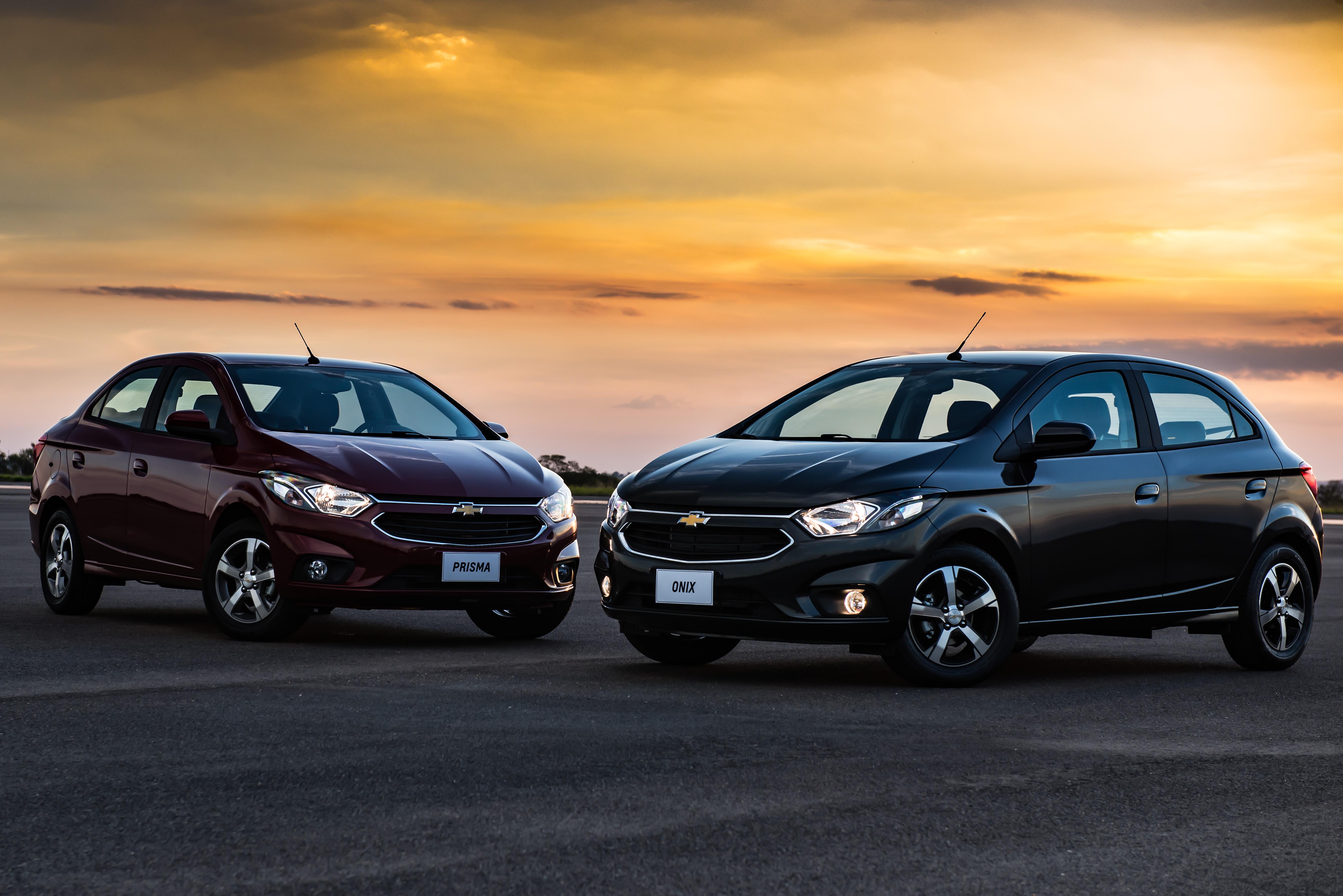 bacaa4f0241b51 Chevrolet Onix e Prisma chegam a linha 2017 – Revista Torque